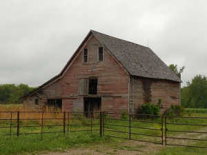 Does everybody know that I love old barns?