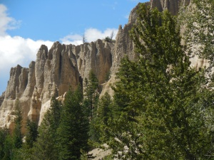 Hoodoo's (sandstone mountains)